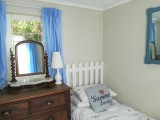 Garden Cottage second bedroom with single bedswith single beds